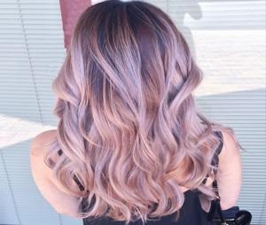 آموزشگاه آرایشگری بانو هنگامه-آموزش رنگ مو